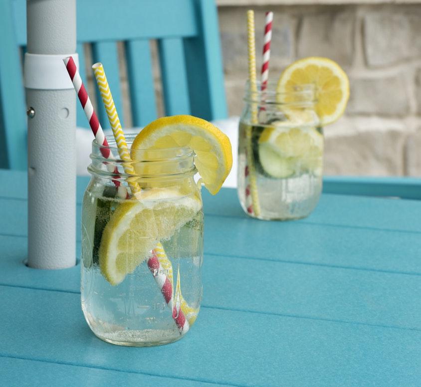 Nakon veliki obrok dana: vodu sa limunom kao Himalaja soli